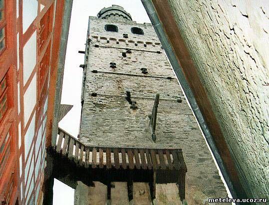 Главная башня замка, Бергфрид