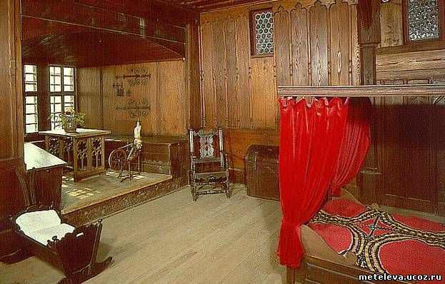 внутреннее убранство средневекового замка